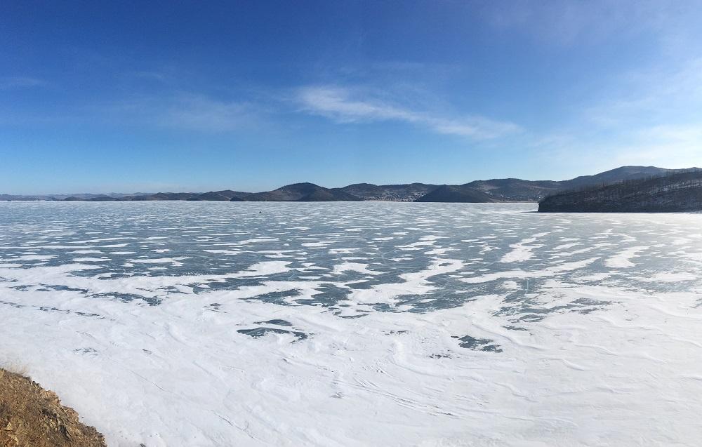 Картинка Байкал в феврале
